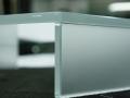 Porta TV in vetro satinato molato incollato con UV